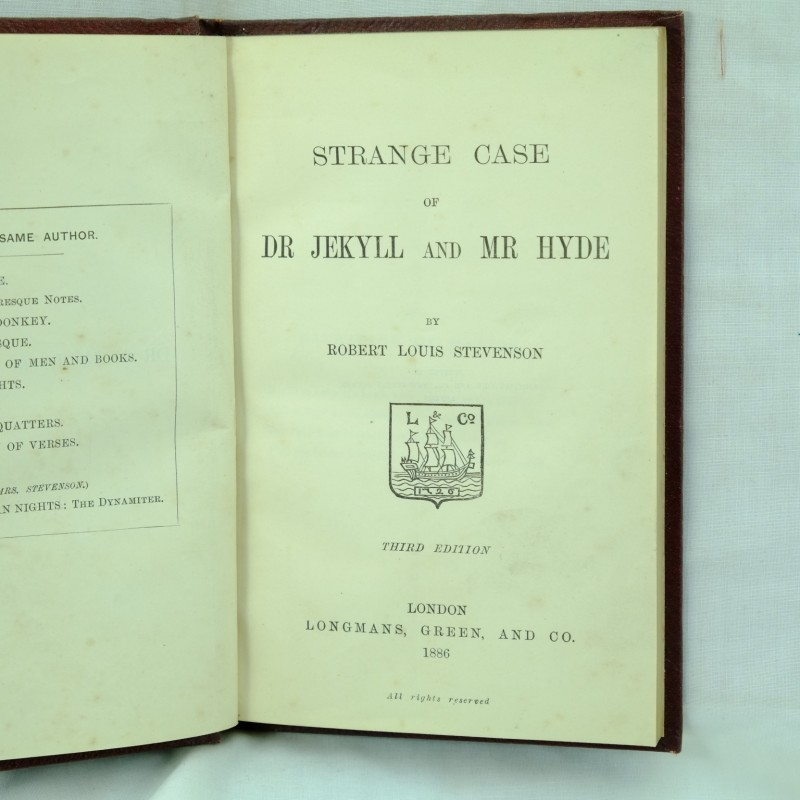 dr jekyll and mr hyde literature essays Robert louis stevenson's dr jekyll and mr hyde has evolved into one of the most acclaimed pieces of literature in modern american society.